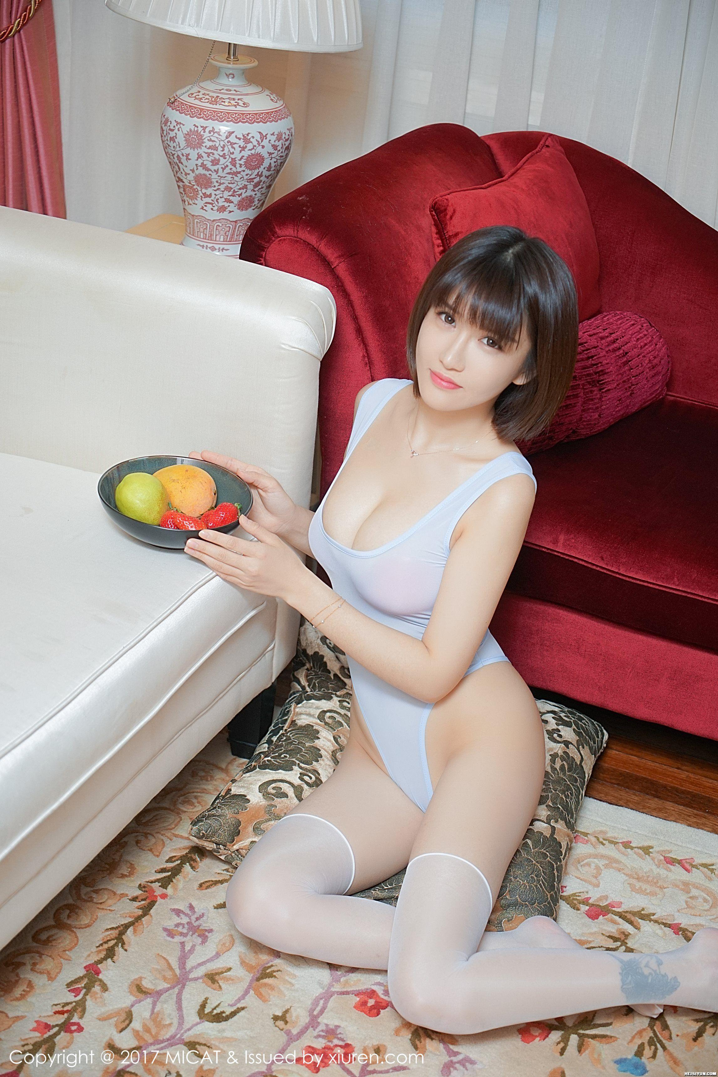 [MICAT猫萌榜] 2017.06.16 Vol.011 K8傲娇萌萌Vivian [52+1P ]